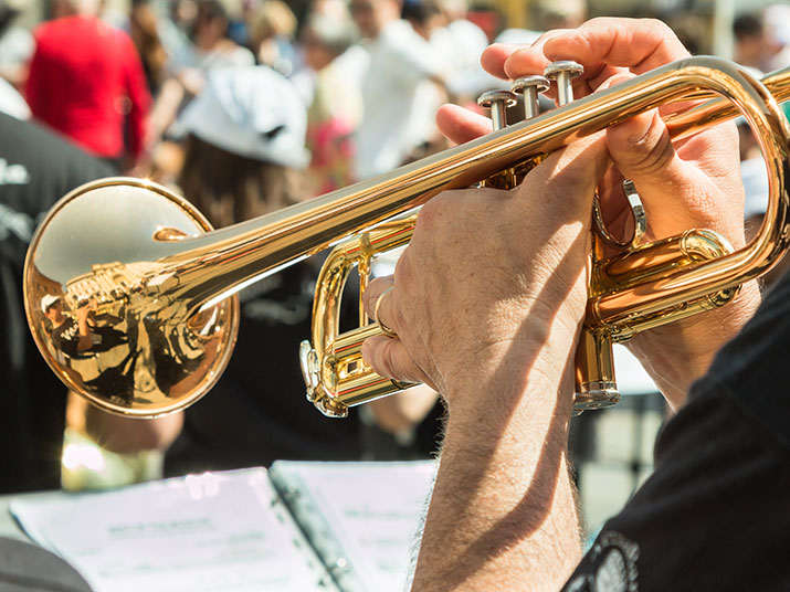 img-personal-touches-bugler